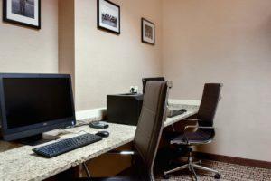 Comfort Suite Carlisle computer